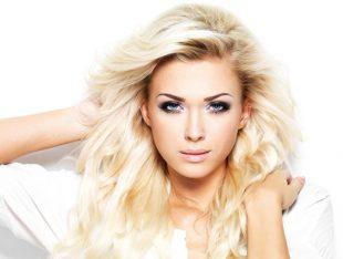 Cykl pielęgnacji włosów koloru blond. John Frieda Sheer Blonde