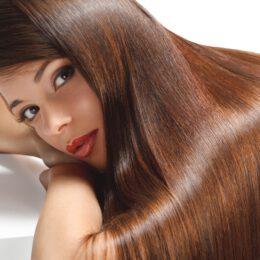 Jak dbam o włosy? Maska i serum Essence Ultime Caviar+Hair Renew od Schwarzkopf.